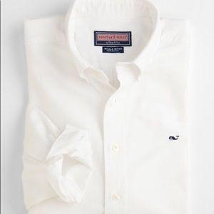 EUC Vineyard Vines Oxford whale shirt